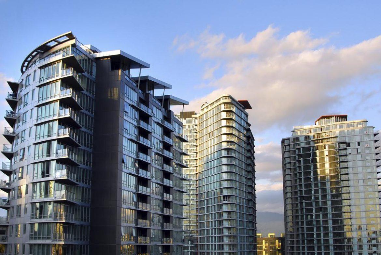 Стоимость недвижимости в Канаде