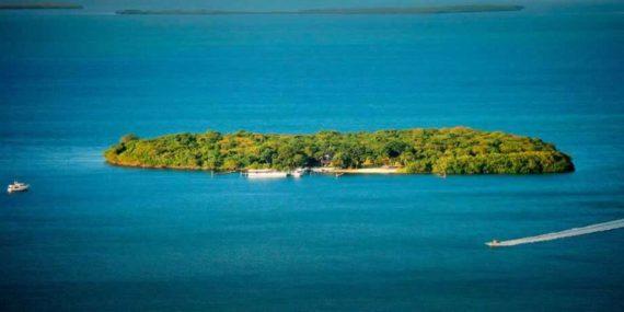 уединенный остров