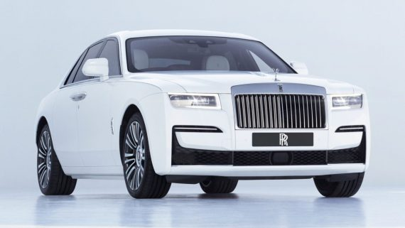 новый rolls royce ghost